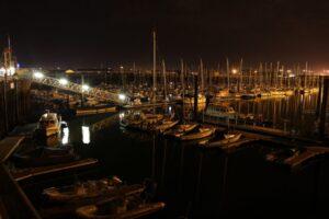 Noční přístav Dakerque
